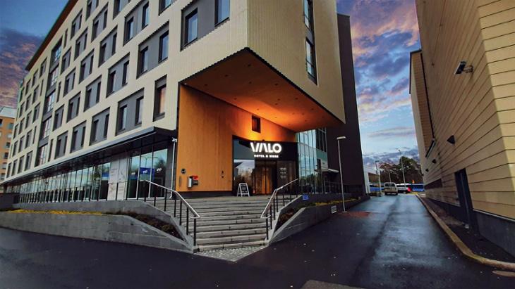 VALO_entrance_730